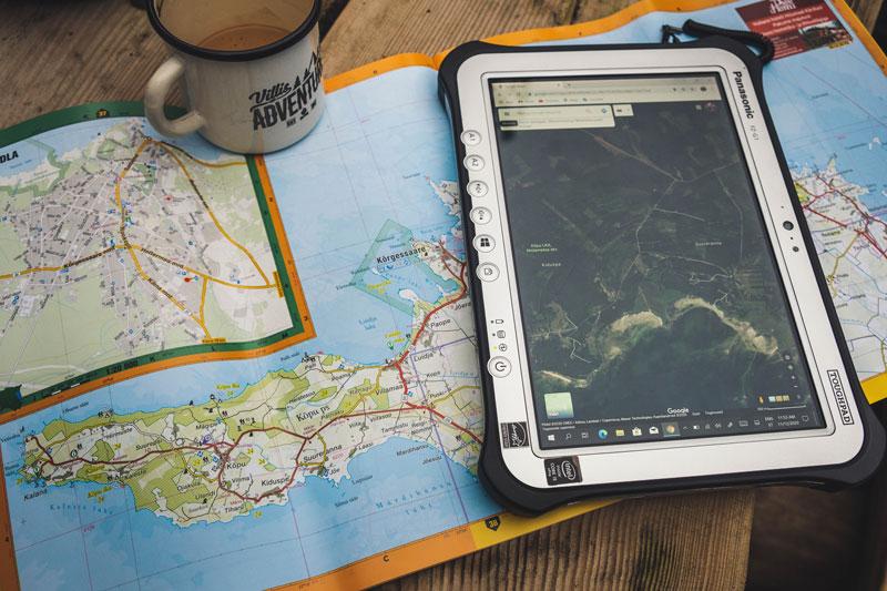 Ilmastikukindel tahvelarvuti Panasonic Toughpad matkajale ja seiklejale